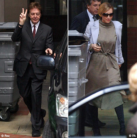 Paul McCartney and Heather Mills leaving court
