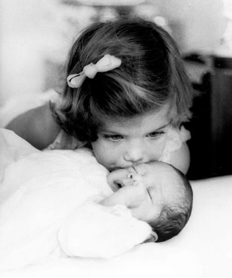Caroline Kennedy and John Jnr (as children)