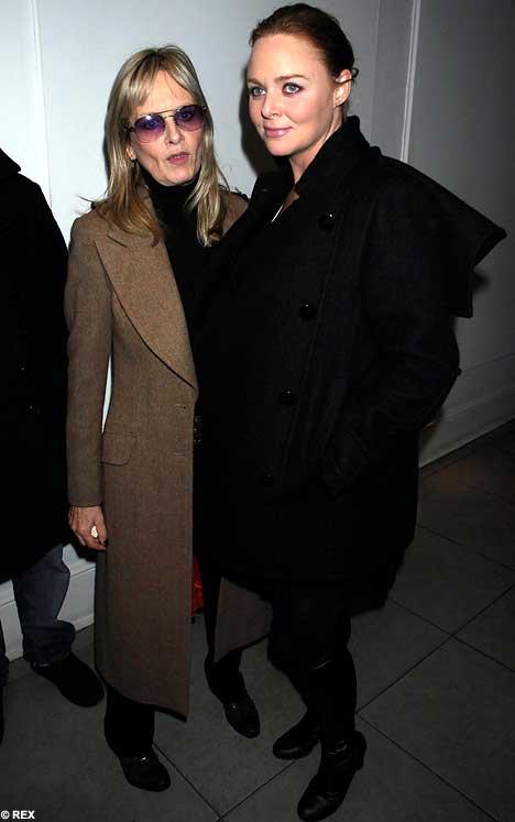 Stella McCartney and Twiggy, 29/11/07