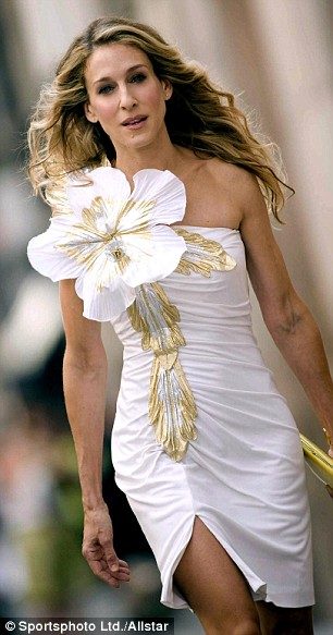 The original corsage wearer, Carrie shows us how it's done