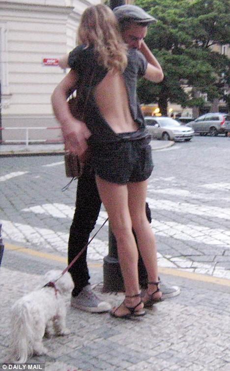 Balthazar Getty and Sienna Miller