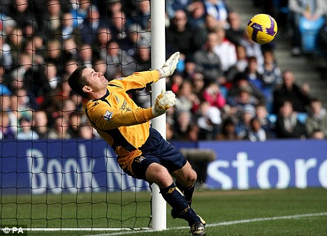 Manchester City goalkeeper Shay Given