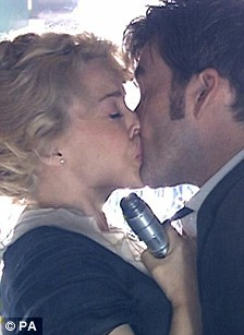 Kylie kiss