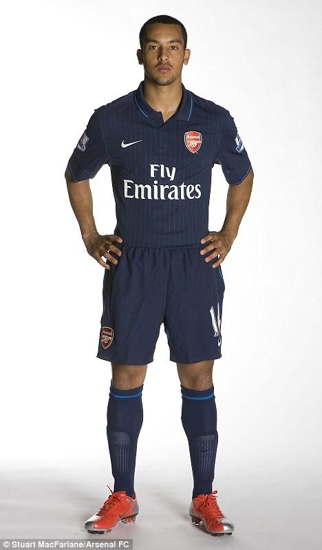 Theo Walcott new Arsenal away kit
