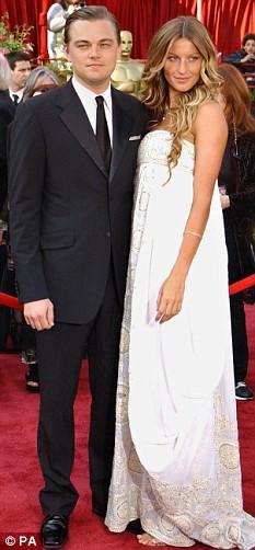 Leonardo Di Caprio Gisele Bundchen arrive for the 77th Academy Awards Feb 2005