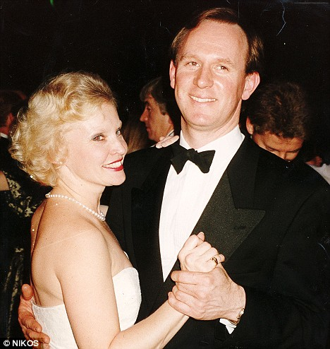 Peter Davison and Sandra Dickinson