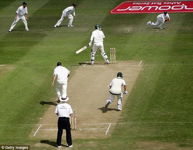Stephen Harmison of England claims the wicket of Michael Kasprowicz of Australia caught by Geraint Jones of England to give them a two run win during day four of the Second npower Ashes Test between England and Australia played at Edgbaston