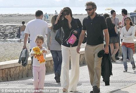 Monica Bellucci and family