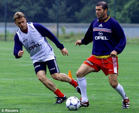 Stephane Guivarc'h and Zinedine Zidane