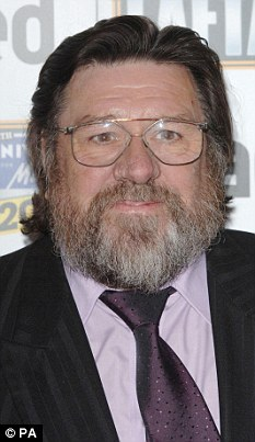 Ricky Tomlinson has put his name forward for selection for the Socialist Labour Party ahead of this year's election