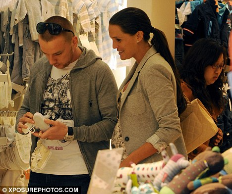 Danielle Lloyd Jamie O'Hara shopping for baby clothes