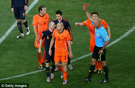 Indecisive? Howard Webb could have stopped the violence with early red cards
