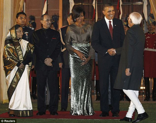 President Barack Obama and glamourous First Lady Michelle Obama greet India's Vice President Mohammad Ansari as they stand next to India's President Prathiba Patil and her husband