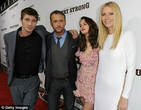 All stars: Garrett Hedlund, Tim McGraw, Leighton Meester and Gwyneth Paltrow pose on the red carpet at tonight's screening