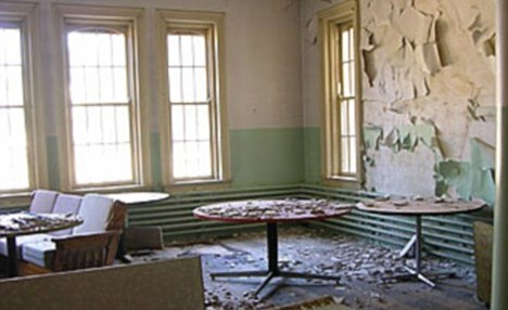 Dilapidated: Oregon State Hospital as it used to be before the refurbishment