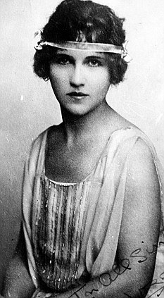 Glamorous adulteress: Alma Rattenbury confessed but later retracted her statement following her husband's murder in 1935