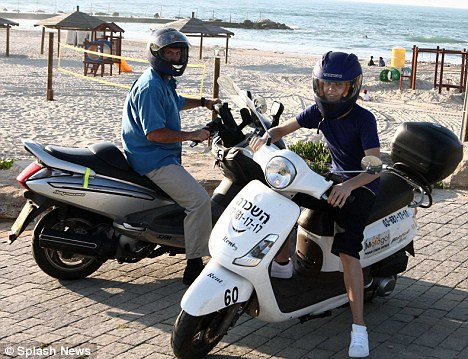 Tourist: Yesterday Justin Bieber was spotted taking a scooter tour in Israel, where he will appear in concert tomorrow