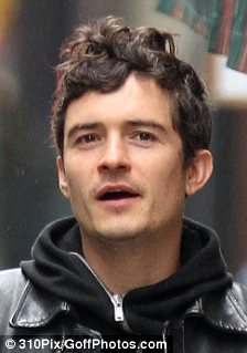 Wide eyes and plump lips: Tom Brady and Orlando Bloom