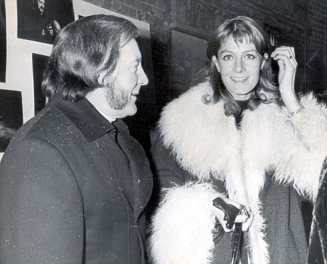 Vanessa and Tony, at a production of Hamlet three years after their divorce, remained friends