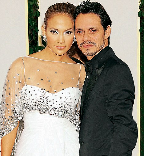 Jennifer with her husband Marc Anthony at the Golden Globes in January