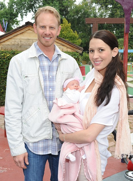 9021-Aww: Actor Ian Ziering showed off his two-month-old daughter Mia for the first time with is wife Erin at the Britax Baby Buggy even in California yesterday