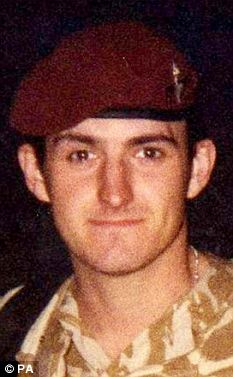 Pte Ellis, who served with 2nd Battalion the Parachute Regiment, died in February 2006