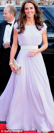 Glamour: Catherine, Duchess of Cambridge arrives at the BAFTA Brits To Watch event in Los Angeles, California