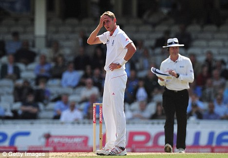 A test of patience: Broad despairs on Monday morning as India fought to their first wicketless session of the series