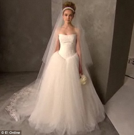 Kopykat: Vera Wang will collaborate with David's Bridal to sell the imitation dresses in its stores across the U.S