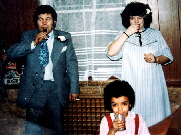Monster: Serial killer Fred West with e daughters Anne-Marie (standing) and Tara West
