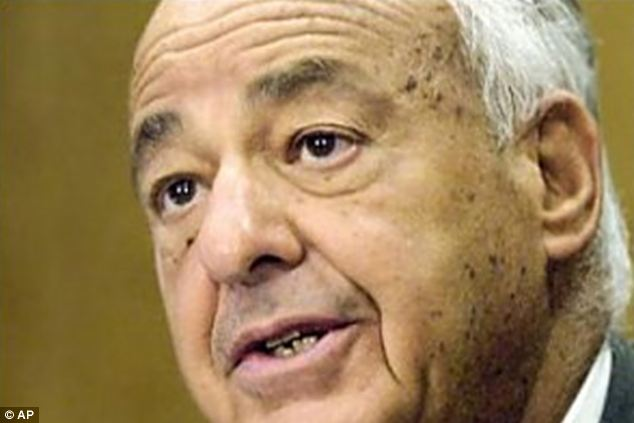Doubts: Leading pathologist Dr Cyril Wecht raised questions about the suicide ruling