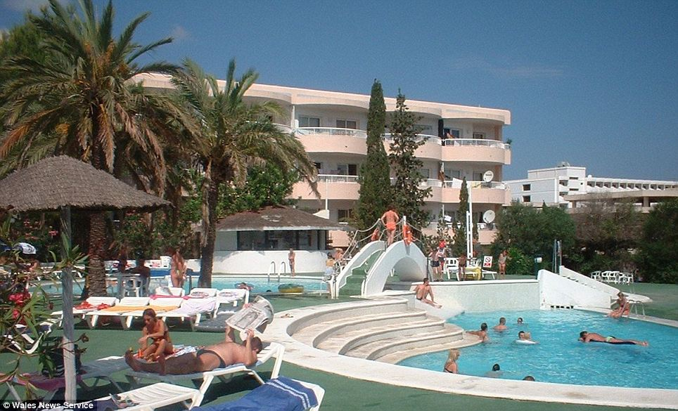Residents enjoyed the hot weather on their all-inclusive Thomas Cook trip