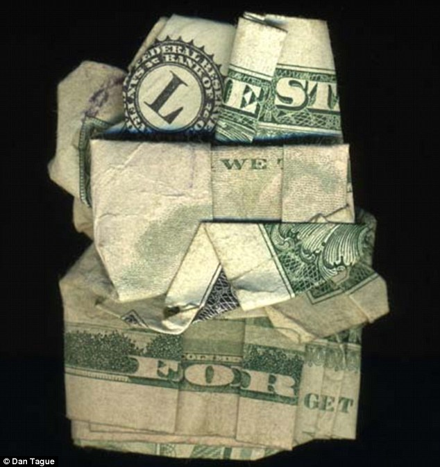 Lest We Forget: War is also a strong topic among the 'origami currency'