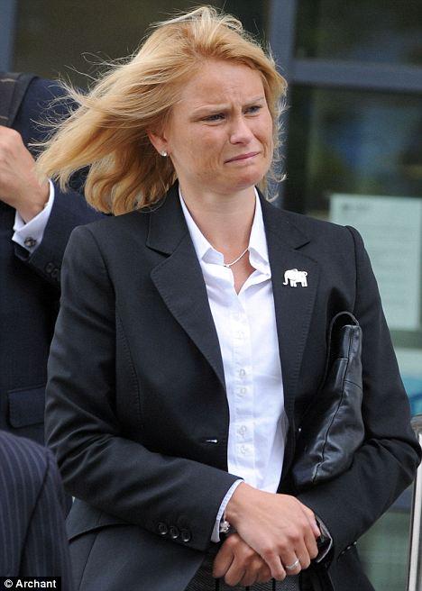 Suzanne Harrison, court
