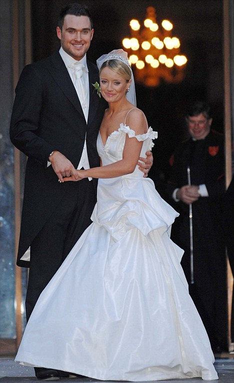Winter wedding: Lucy Davis married The Mentalist star Owain Yeoman in St Paul's Cathedral on 9 December 2006