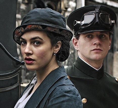 Lady Sybil, played by Jessica Brown Findlay, and chauffeur Branson, played by Tom Branson, are keen not to resurrect class barriers