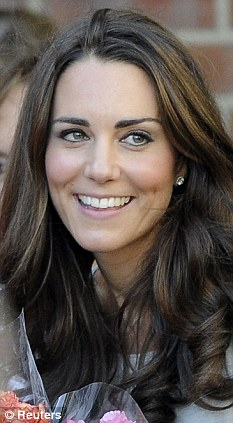 William and Kate have been married for only six months. But the Queen¿s first pregnancy was announced well within that time.
