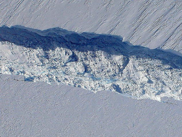 Close-up: NASA has been monitoring the crack, which could be the first time scientists can see the birth of a huge iceberg