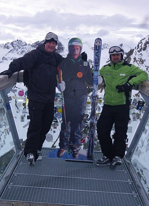 Neil and Daniel and the cut-out of Bode Miller above the Tiefenbach glacier