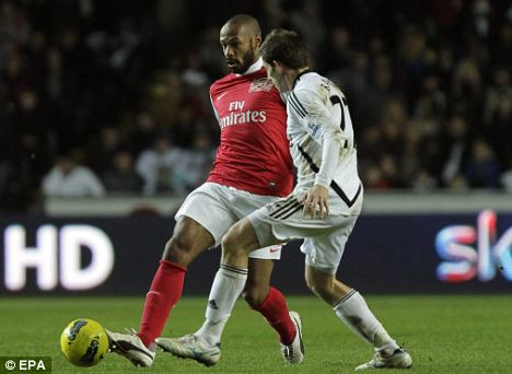 Injury setback: Arsenal striker Thierry Henry