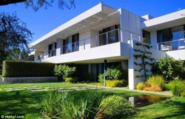 Mid Century Modern: Aniston purchased the house earlier this year