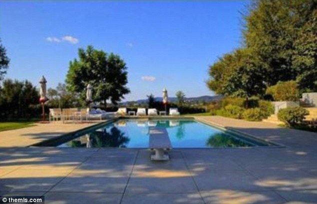 Sophisticated: The pool is the perfect way to relax on Jennifer and Justin's days off