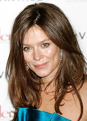Likeness: Anna Friel has signed up to play Raymond's wife Jean, who he cheated on