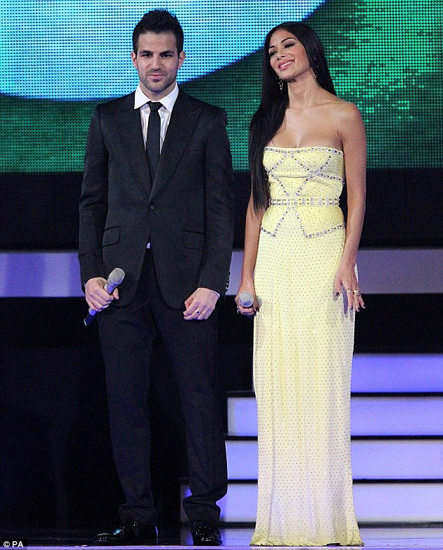 Fashion forward: Nicole looked gorgeous in her strapless lemon-coloured dress