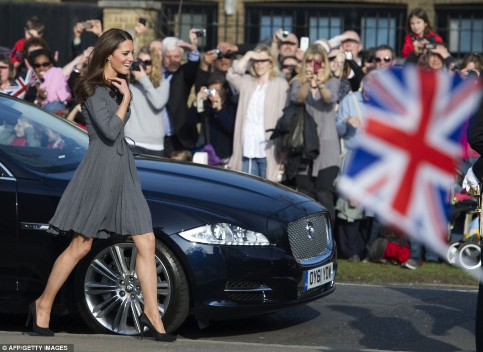 Kate arrives in bright sunshine to visit The Prince's Foundation for Children and the Arts with her in-laws