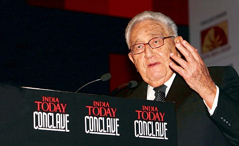 Henry Kissinger delivering the opening gala dinner keynote address of the Eleventh India Today Conclave