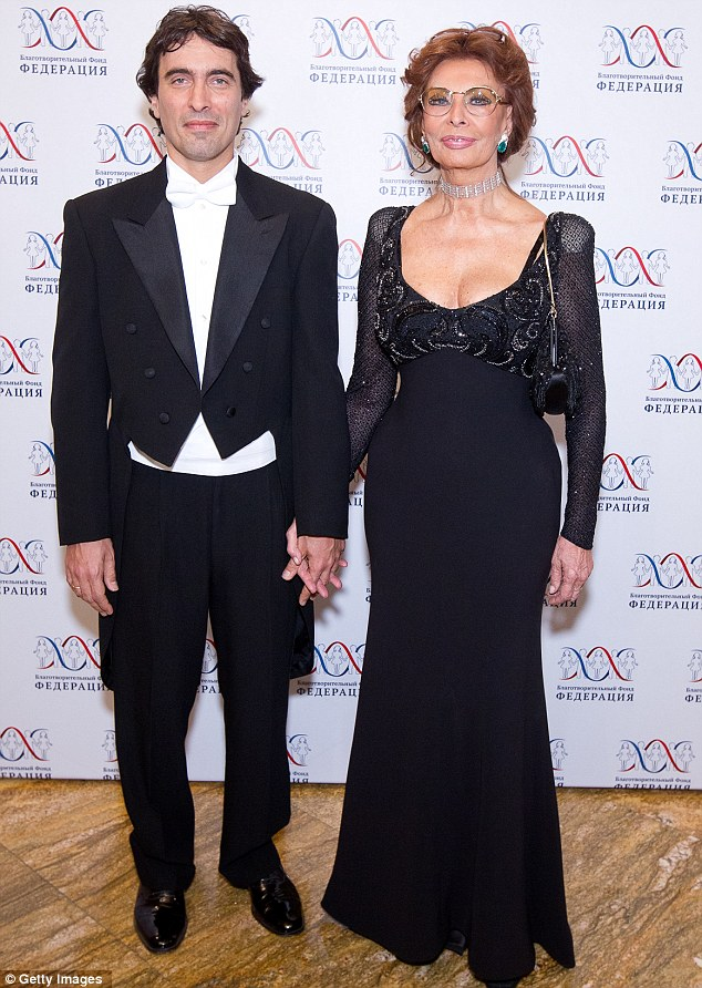 Shunning dowdy items: The veteran Italian actress was joined by her eldest son Carlo Ponti Jr. at the Charitable Foundation Federation gala