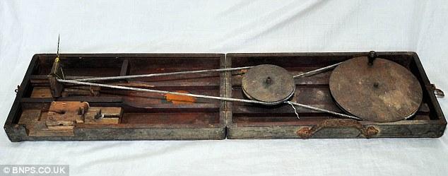 Gandhi's Chukra, a type of sewing kit,