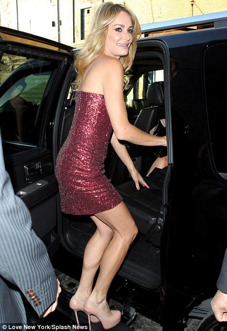 Be careful! The 40-year-old has to be careful in order to avoid major wardrobe malfunctions