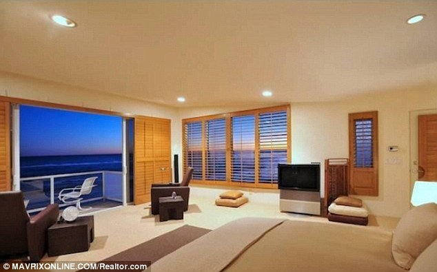 Comfort and style: the master bedroom and living rooms enjoy a stunning outlook